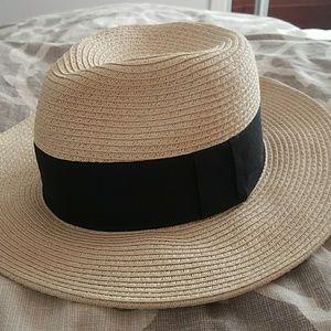H&M wide brim fedora hat